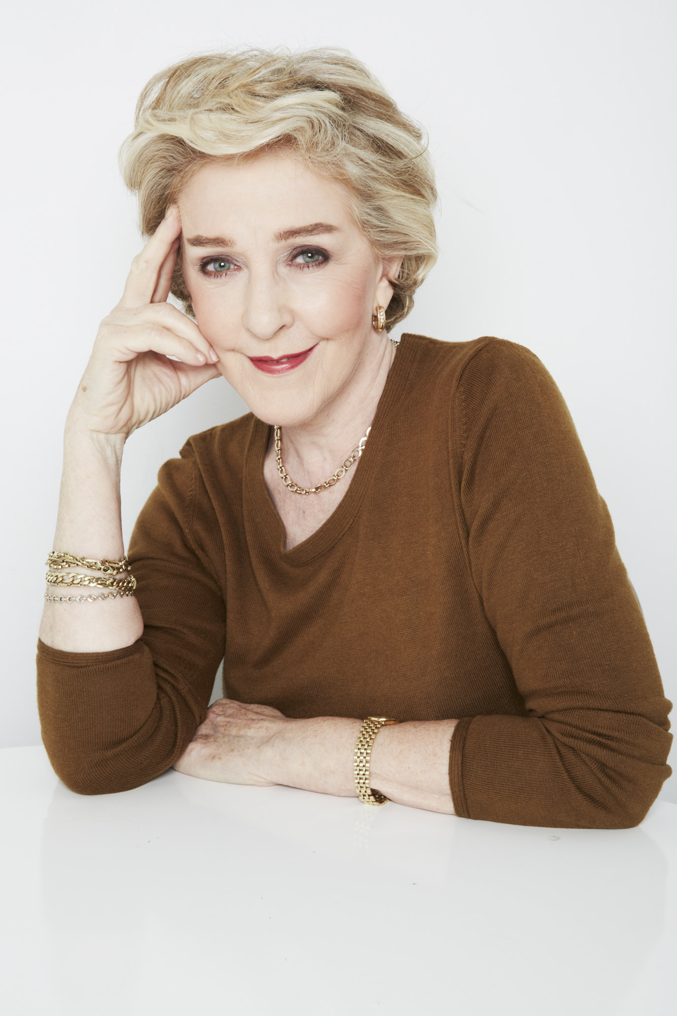 Patricia Hodge piano hastings