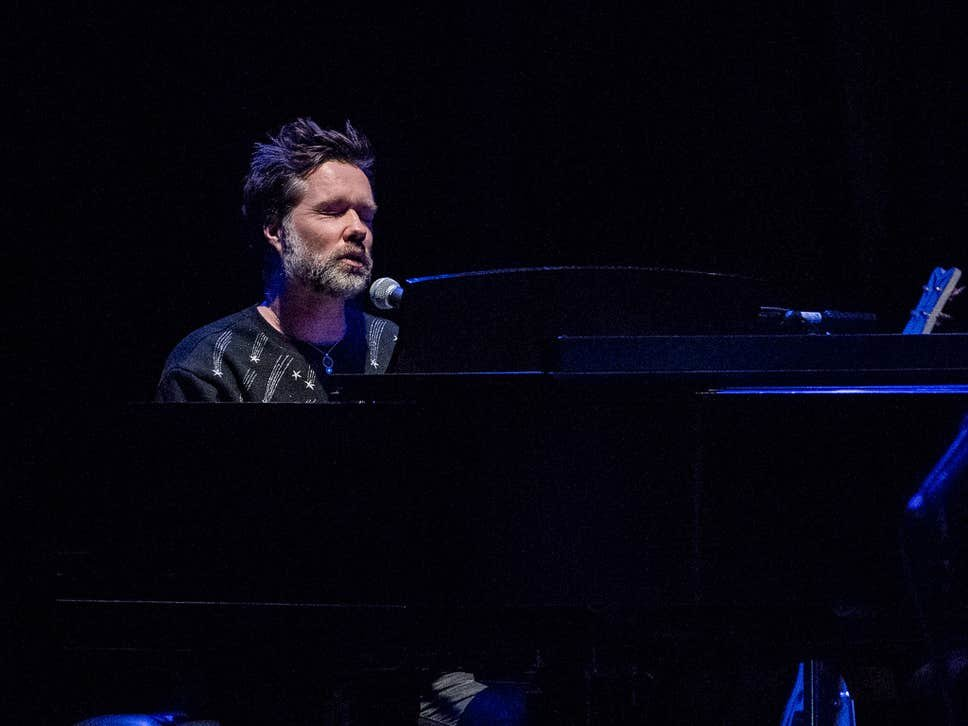 rufus wainwright hastings piano