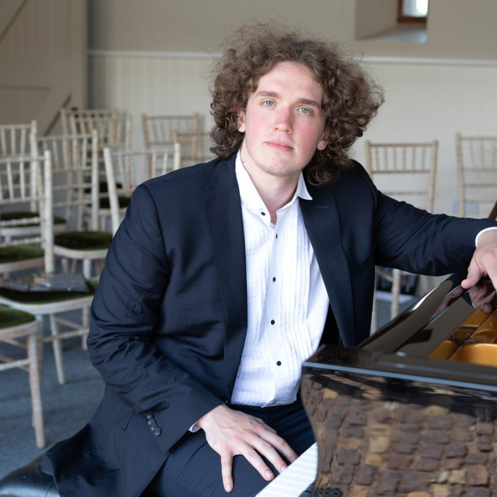 Roman Kosyakov Hastings Piano
